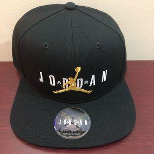 Air Jordan Snapback Hat, AV9765 011, Unisex